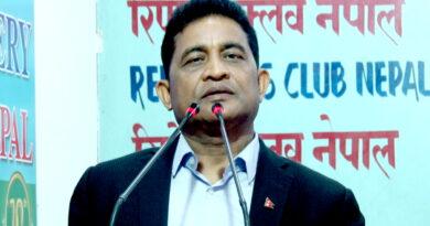 माधव नेपाललाई बराबरी अध्यक्ष दिने सम्भावना शून्य : रघुवीर महासेठ